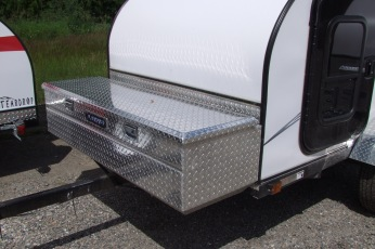 Optional 60x18x20 Diamond plate cargo box c/w integral keyed lock, weatherstrip, self opening strut